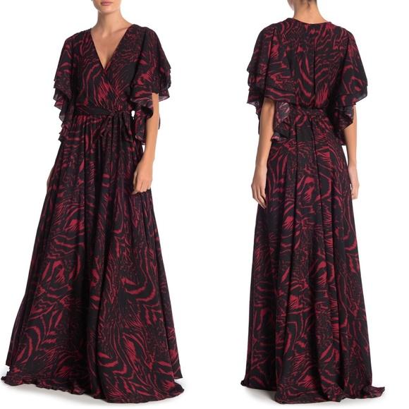 Meghan LA Dresses & Skirts - MEGHAN LA Flutter Sleeve Maxi Dress